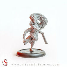 Nadia - Fantasy femal miniature in 32 mm scale for tabletop and board games