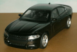 1/24 Scale 2016 Dodge Charger R/T Diecast Model (HEMI 5.7L V8) Welly 24079 Black