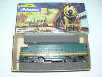 Athearn 3233 HO Scale northern Pacific F7 A   Locomotive in box