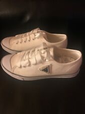 Guess shoes White Size 6 Pretty And Cheap!