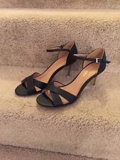 Report  Daphne Women's Hi Heeled Black Sandals 7 1/2  M