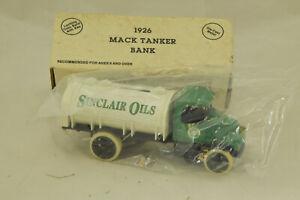 ERTL 1926 Mack Tanker Bank NIB Sinclair