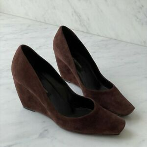 Sergio Rossi size 38 women's brown suede shoes