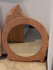 Specchio circolare fatto a mano in marmo Rosa Atlantide