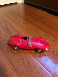 DANBURY MINT 1958 FERRARI 250 TESTA ROSSA CONVERTIBLE 1:24 SCALE DIE CAST MIB