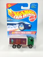 1995 Photo Finish Series Hot Wheels HIWAY HAULER #335 TWIN TOWERS NEW NOC