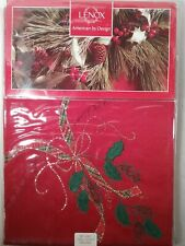 """Lenox Holiday Nouveau Cutwork 60"""" X 84"""" seats 6-8 Holly Berry Green Red Gold"""