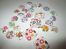 White floral buttons - square and round - 26 buttons