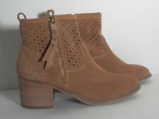 Women's Tan Suede Ankle Boots Vintage 7 Eight 2.5 inch Heel Zippered Size 7.5M