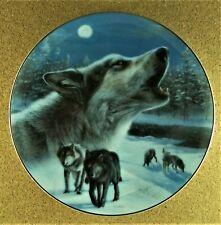 Midnight Harmony Plate Realm of the Wolf Kevin Daniel Gray Black Wolves #1