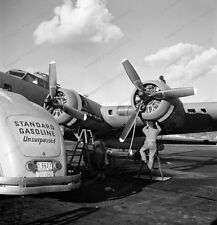8x10 Print Boeing B-17 Flying Fortress Bomber 1942 #8D35280
