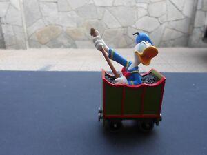DISNEY Statua resina N. 3740 DONALD IN TRAIN CAR con scatola originale