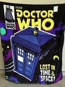 """DOCTOR WHO """"Lost in Time & Space!"""" RASCHEL THROW BLANKET"""