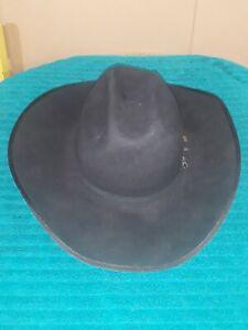 Serratelli Long Oval Black Felt 6X Cowboy Hat  Size 7 1/4 Pre-owned