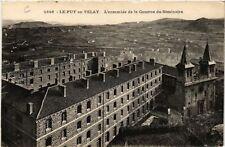 CPA  Le Puy-en-Velay - L'ensemble de la Caserne du Séminaire   (588272)