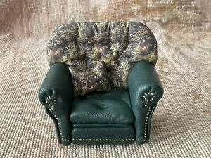 Pat Tyler Dollhouse Miniature Leather Hunt Club Chair Seat With Pillow 1011