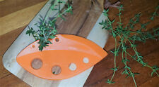 Kitchen Gadjet - Leaf Stripper for your herbs