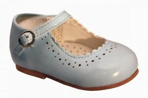BNIB Infant/toddler girls baby blue Mary Jane patent hard bottom shoe