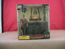 """NIB WORLD PEACEKEEPERS - POWER TEAM ELITE - 3 3/4"""" ACTION FIGURE WITH CAMP SITE"""