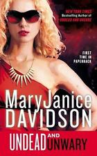 Queen Betsy: Undead and Unwary 13 by MaryJanice Davidson (2015, Paperback)