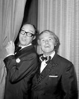 Eric Morecambe and Ernie Wise UNSIGNED photo - K8908 - Morecambe and Wise
