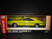 Auto World Dodge Charger 1969 Dirt Mary and Crazy Larry 1/18 AWSS101
