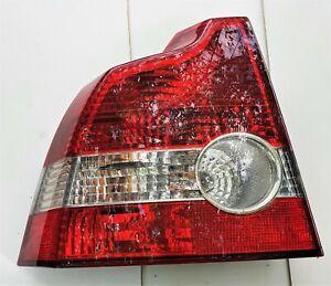 VOLVO S40 2004-2008 LEFT PASSENGER SIDE REAR TAIL LIGHT LAMP 30698915