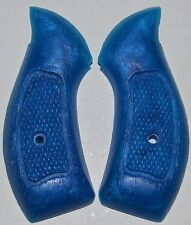 Smith and Wesson S&W Airweight pistol grips turquoise plastic with screw