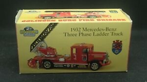 Matchbox Models Of Yesteryear #YFE05/SA– 1932 Mercedes-Benz 3-Phase Ladder Truck