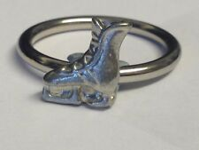 Ice Skate Boot TG283 Fine English Pewter on a Scarf Ring