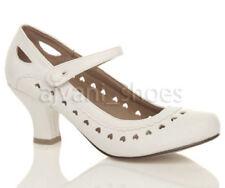 Zapatos de tacón de mujer de tacón medio (2,5-7,5 cm) de color principal blanco talla 37