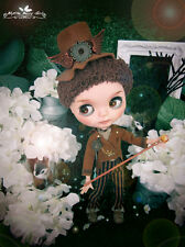 Blythe boy steam punk Alice in Wonderland Mad Hatter brown suit outfit