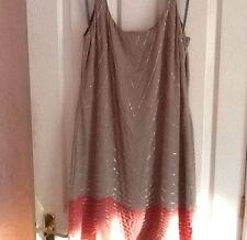 Vestido Túnica de gasa con Cuentas del sur BNWT Rosa Gris UK 16 Asos. Chorley