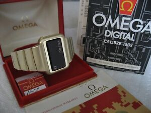 RARE VINTAGE OMEGA CONSTELLATION LED WATCH CAL 1602  WITH ORG BOX & PAPERS MINT!