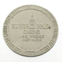 1986 One 1 Dollar Gaming Token Town Hall Casino Las Vegas Nevada L874