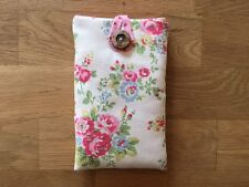 iPhone 5 / 5S / 5C / SE Padded Case Cover - Cath Kidston Spray Flowers Fabric
