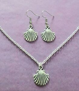 Silver Tone Shell Charm Necklace & Earrings Set - New