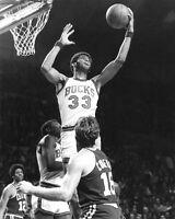 1973 Milwaukee Bucks KAREEM ABDUL-JABBAR Glossy 8x10 Photo Lew Alcindor Print
