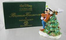 Walt Disney Showcase Collection A Goofy Christmas Ornament Fabrique en chine