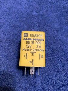 1986 - 1998 Classic Saab 900 & 9000 Hatchback Sedan Interior Light Timer Relay