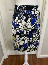Tailor B. Moss Size 10 Black White Blue Daisy Floral  Stretch Pencil Skirt