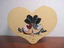 Wooden heart shape Holly Hobbie Stool Stepping Chair seat Foot Rest Seat childs