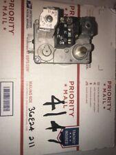 White Rodgers 36E24 211 Lennox 31L3701 Furnace Gas Valve