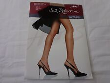 Hanes Silk Reflections Silky Sheer Control Top Little Color #718 Size CD--NIP