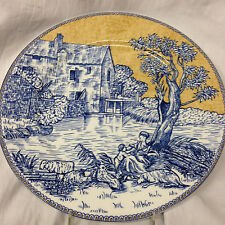 """AMERICAN ATELIER ENGLISH TOILE BLUE ACCENT DINNER PLATE 10 3/4"""" SCENE ON YELLOW"""