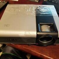 ✅ BenQ PB7220 DLP XGA Portable Projector - Bright Picture