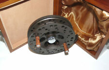 "Holland & Wilkinson 4 ¾"" Centrepin trotting reel in wood presentation box"