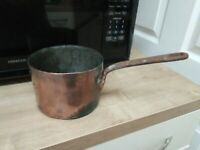 VICTORIAN HEAVY COPPER  2 PINT  SAUCEPAN WITH RIVITED IRON HANDLE
