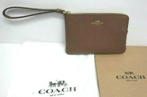 Coach  Crossgrain Leather Corner Zip Wristlet Purse