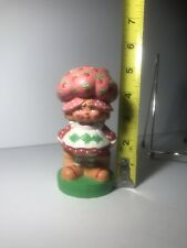 vintage strawberry shortcake Figurine 1980 American Greetings Used 5 Inch